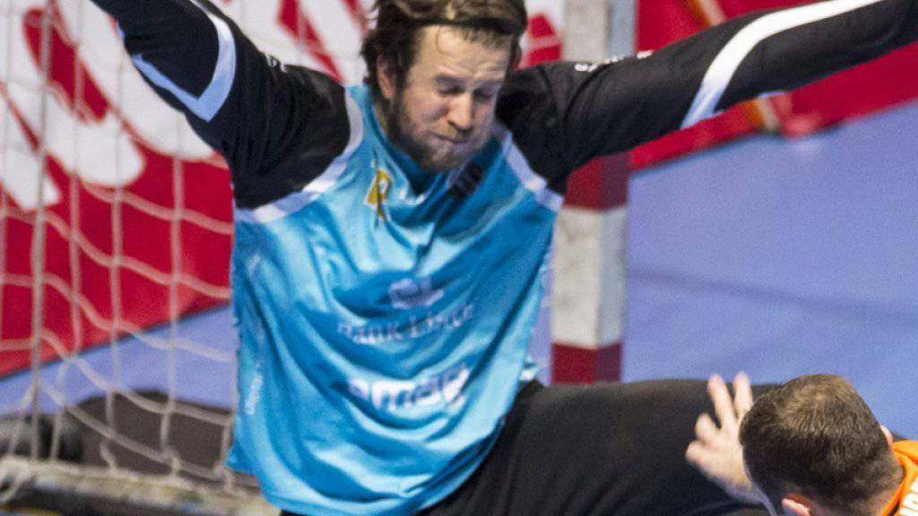 Pfadis Goalie Aurel Bringolf in Aktion