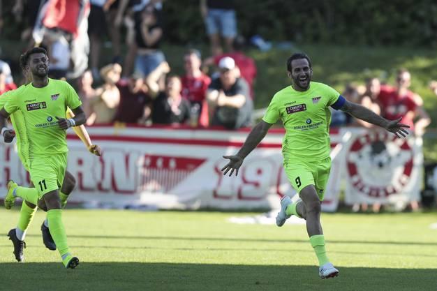 Loïc Chatton freut sich über seinen Treffer in der Cup-Quali gegen Zug.