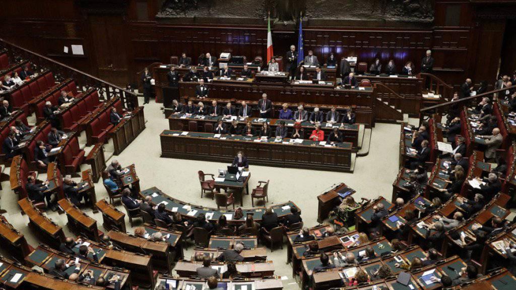 In Italien macht das Verfassungsgericht den Weg für Neuwahlen frei. (Archivbild vom italienischen Parlament)