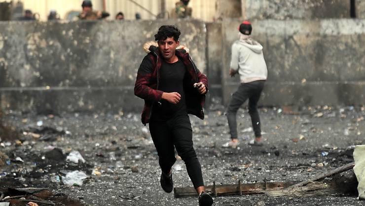 Seit Beginn der Proteste im Irak Anfang Oktober sind dort mindestens 460 Menschen getötet worden.