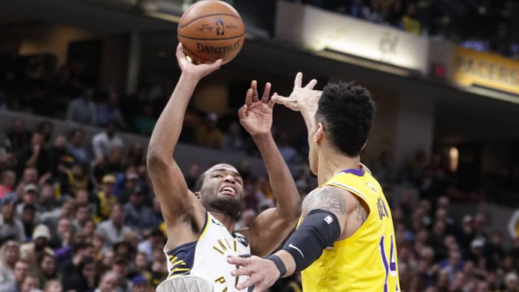 Die Indiana Pacers mit T.J. Warren (links) beendeten die Siegesserien der Los Angeles Lakers in der NBA.