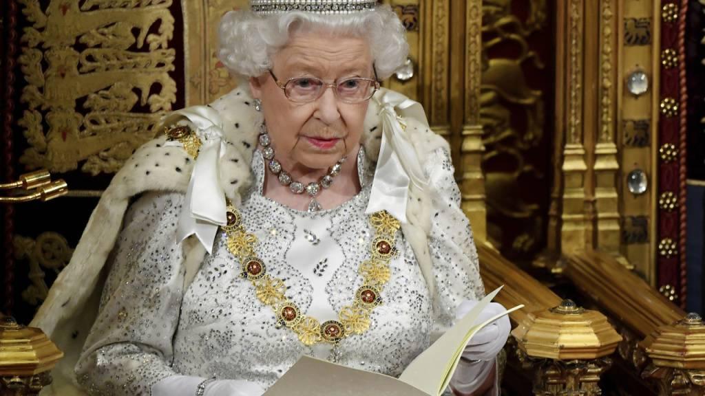 """Königin Elizabeth II.: Brexit am 31. Oktober hat """"Priorität"""""""