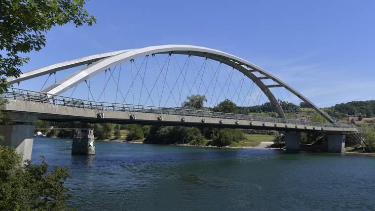 Die Hundeattacke geschah am Aareufer unweit der Archbrücke.