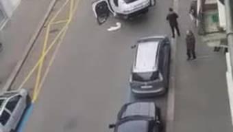 Das Auto hat sich an der Drahtzugstrasse überschlagen