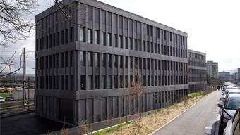 Die Kosten für Pflichtverteidiger, die zum Beispiel im Strafgericht im Muttenzer Strafjustizzentrum (Bild) auftreten, wurden von der GPK als externe Beratungshonorare aufgerechnet.