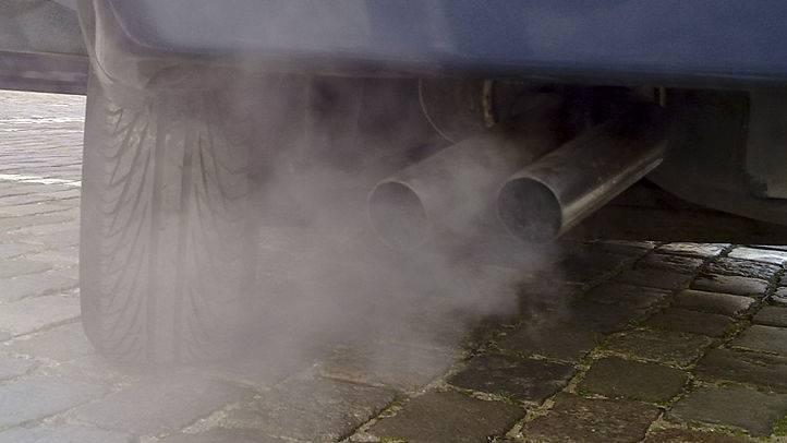 Neuwagen stossen zu viel CO2 pro Kilometer aus