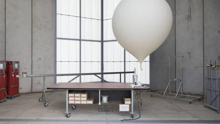 Ein Wetterballon, der Daten liefert für die Wetterprognose. Gut und schön. Aber die Daten, welche all die wegen dem Coronavirus nicht gestarteten Flugzeuge liefern sollten, fehlen jetzt den Meteorologen ganz wesentlich. (Archivbild)