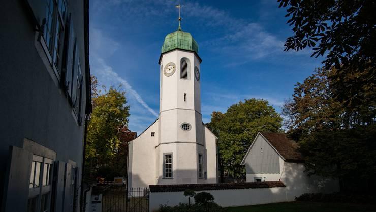 Die Dorfkirche Kleinhüningen in Basel: Hier predigt Pfarrerin Christine Dietrich. Bild: Kenneth Nars