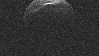 """Bei dem erdnahen Kleinplaneten, der in der Nacht auf Sonntag """"nahe"""" an der Erde vorbeifliegt, handelt es sich den bereits 1999 entdeckten Asteroiden (66391) 1999 KW4."""