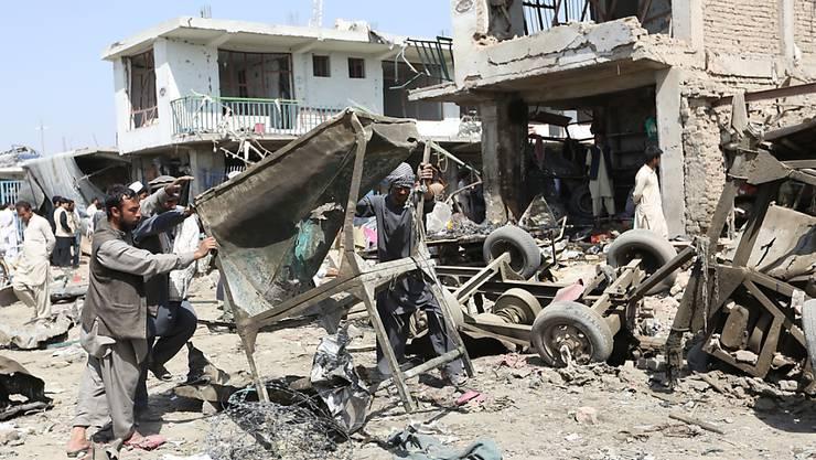 Der Anschlag auf den Armee-Geheimdienst in Kabul hinterliess ein Trümmerfeld.