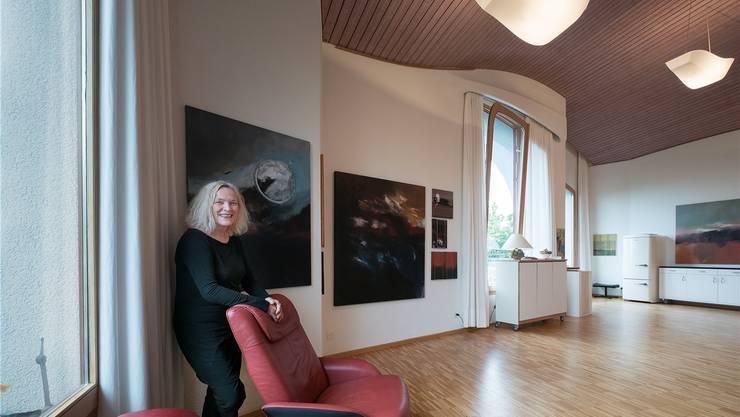 Präsidentin Dorothea Deimann fördert im Haus Julian den Austausch von Kunst und sozialen Anliegen. Die Architektur des Raumes ist dabei auch ein Highlight.