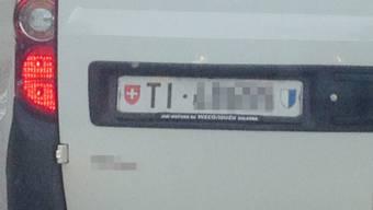 Dubiose Autonummer in Dottikon gesichtet.