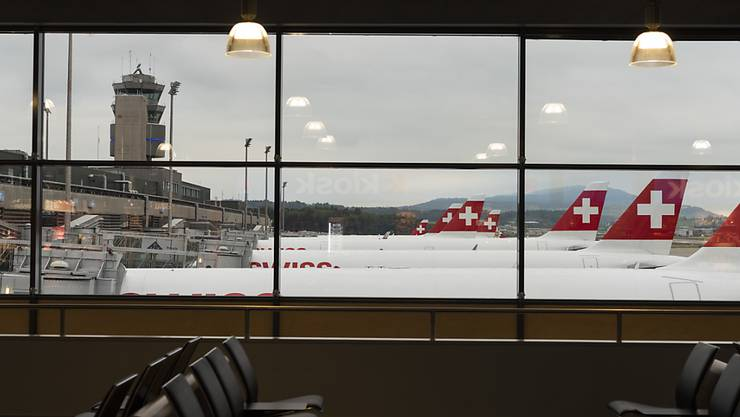 Die Fluggesellschaft Swiss macht im dritten Quartal mehr Umsatz, aber weniger Gewinn.