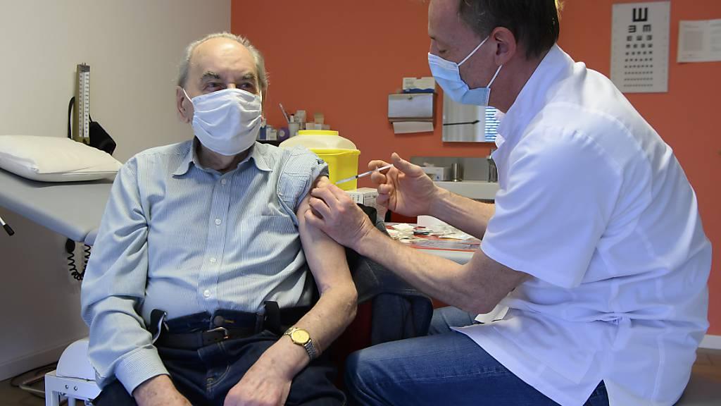 Covid-Impfung in Estavayer-le-Lac.