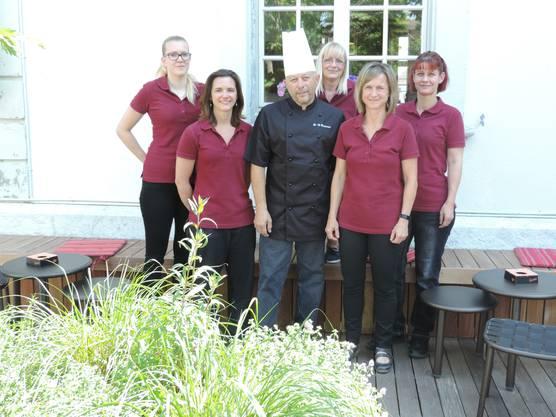 von links: Jasmine Stettler, Sarah Schmutz, Charly Berguerand, Karin Allemann, Melanie Ochsenbein, Sybille Fischer.