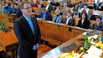 Michel Müller bei seiner Vereidigung als Kirchenratspräsident 2011: Er sei bei Kirchenfusionen zu forsch, sagen nun Kritiker.