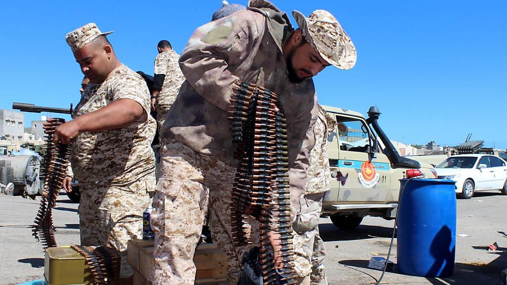 General Haftar will sich doch an Waffenruhe in Libyen halten