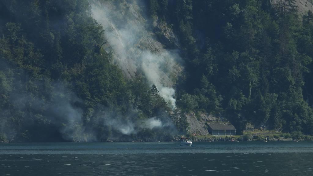 Brandursache geklärt: Improvisiertes Feuer geriet in Beckenried ausser Kontrolle