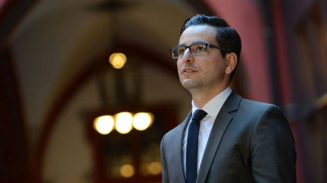 Luca Urgese erklärt den Unterschied zur LDP: «Die FDP hat in der Bevölkerung eine breitere Basis.»  Foto: Juri Junkov