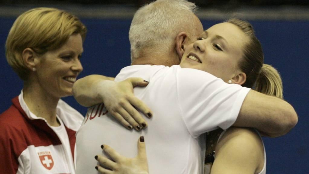 Trainer Zoltan Jordanov und Ariella Kaeslin wurden für ihre Arbeit belohnt