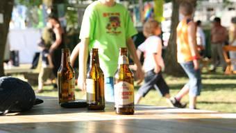 Thaler Gemeinden fordern Eltern zu Gesprächen mit ihren Kindern auf - Thema: Alkoholkonsum an Festen und Parties. (Symbolbild)