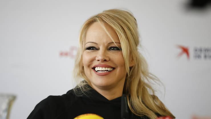 Sie sieht ihr Engagement in Europa als Fortsetzung ihrer Tätigkeit als Tier- und Umweltschützerin: Schauspielerin Pamela Anderson. (Archivbild)