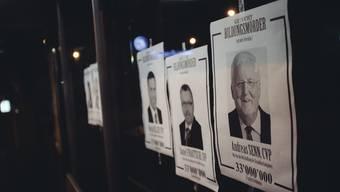 Wanted-Plakate Bildungsmörder