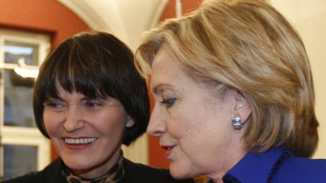 Die Aussenministerinnen Calmy-Rey (links) und Clinton 2009 in Zürich. Foto: Keystone