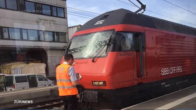 Erneute Kollision von Baukran mit Zug