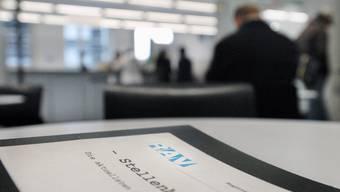 Der Bund rechnet mit 40 000 zusätzlichen Arbeitslosen bis Ende 2012.  Keystone