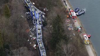 Luftaufnahme der Unfallstelle nahe von Bad Aibling (Archiv)