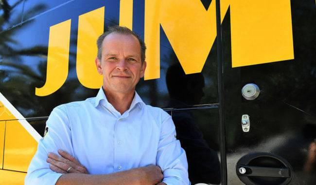 Richard Plugge dominiert mit dem Team Jumbo Visma die Tour de France.