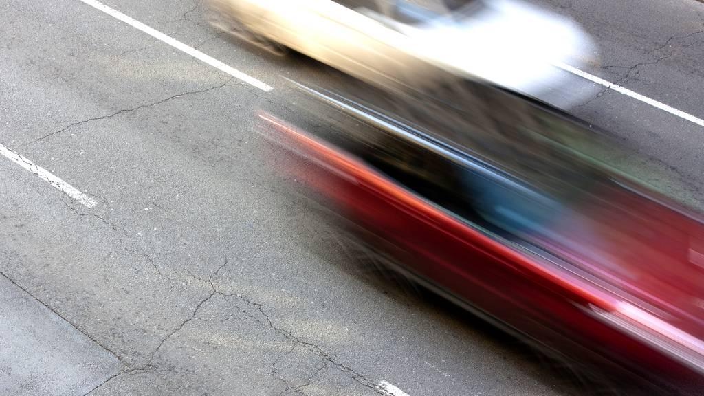Über 210 km/h auf der Autobahn: Luzerner Polizei zieht zwei Raser aus dem Verkehr