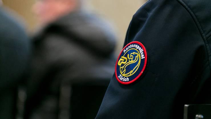 Die Kantonspolizei Zürich verhaftete nach dem Vorfall vier Männer.