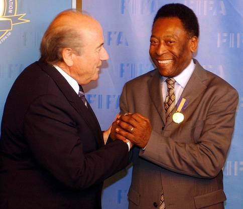 Blatter mit Brasilien-Legende Pélé.