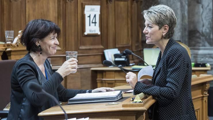 Noch ist nicht klar, wann CVP-Bundesrätin Doris Leuthard (l.) abtritt. FDP-Ständerätin Karin Keller-Sutter könnte auf Johann Schneider-Ammann folgen.