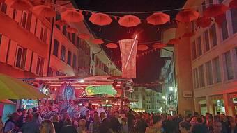 70000 Menschen feierten ein fröhliches Fest.