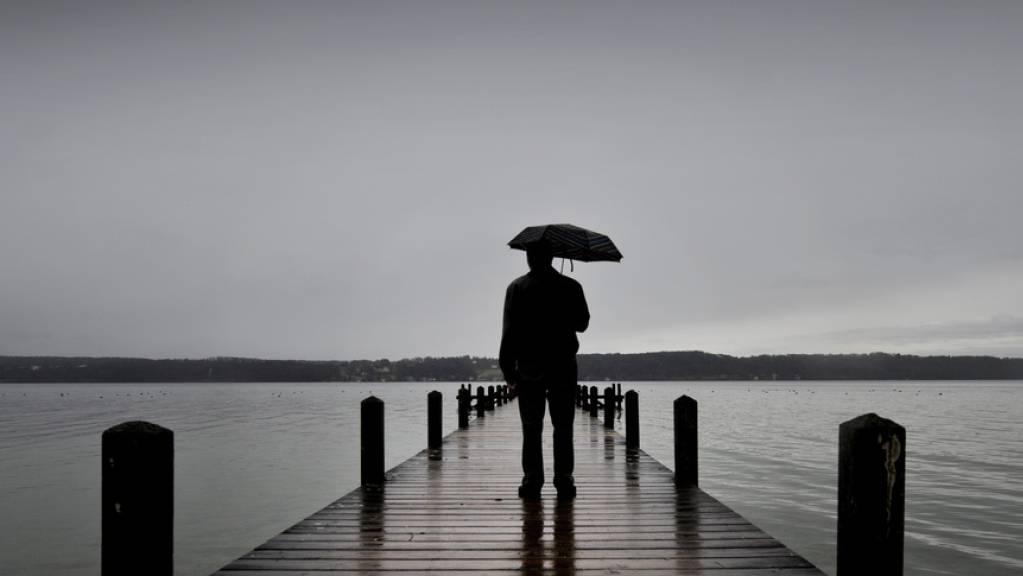 Antidepressiva helfen über eine Depression hinweg. Nach Absetzen der Medikamente ist das Rückfallrisiko jedoch hoch. Wen es trifft, lässt sich bisher nicht vorhersagen. Womöglich könnte ein Entscheidungstest jedoch Hinweise liefern. (Symbolbild)