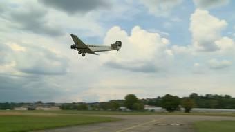 Nach dem tragischen Absturz am 4. August hat Ju-Air am Freitag nach fast zweiwöchiger Pause den Flugbetrieb wieder aufgenommen.