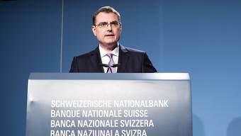 Die von der SNB unter Leitung von Thomas Jordan eingeführten Negativzinsen erfüllen für die Bankierveinigung heute ihren Zweck nicht mehr. (Archivbild)
