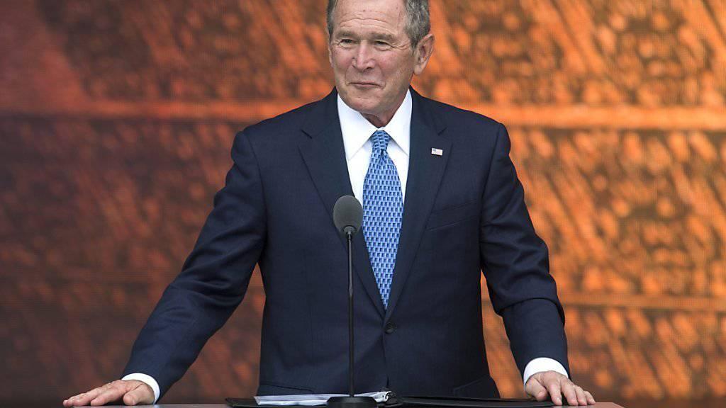 Ex-US-Präsident George W. Bush hat am US-Wahltag einen Hund aus dem Tierheim adoptiert. (Archivbild)