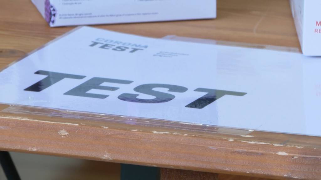 Bund ändert Test-Strategie: Müssen wir bald wöchentlich zum Spucktest?