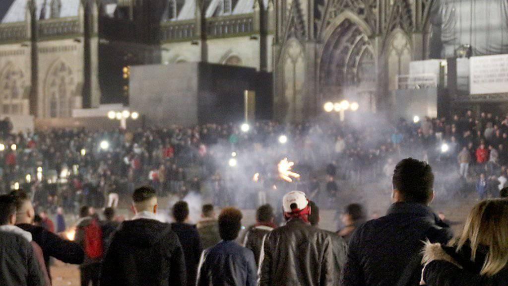 Bei der Silvesternacht in Köln kam es zu Massenbelästigungen und Diebstählen.