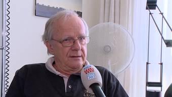 Laut Aviatik Experte Sepp Moser ist das Flugzeug möglicherweise wegen verdunstetem Benzin, welches die Triebwerke stottern lies, abgestürzt.