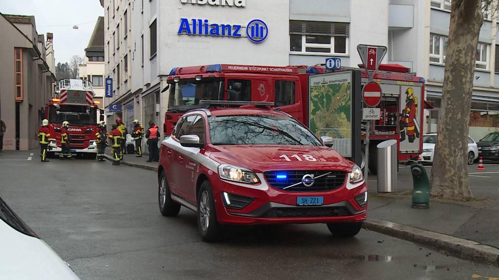 Rauch in Wohnquartier ruft Feuerwehr auf den Plan
