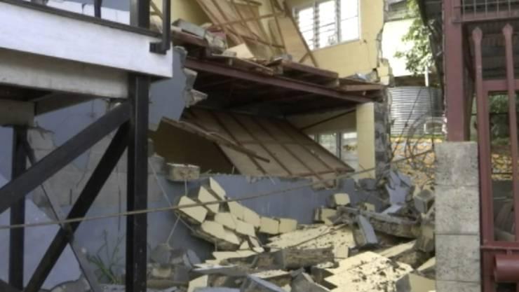 Mindestens 75 Tote, 500 Verletzte und 17'000 Menschen in Notunterkünften: Nach dem schweren Erdbeben auf Papua-Neuguinea am Montag vor einer Woche wird das Ausmass der Schäden nur langsam klar.