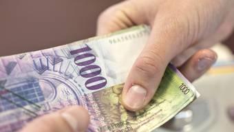 Der Filialleiter versprach dem 26-Jährigen für seine Opferbereitschaft eine Lohnerhöhung. (Symbolbild)