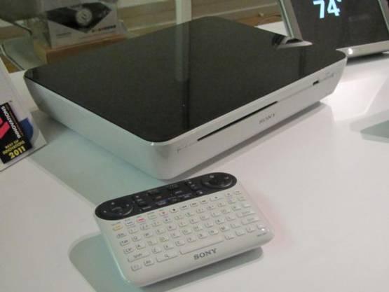 Eine der ersten TV-Boxen mit Google-Software drin: Damit will der Suchgigant Apple an den Kragen.