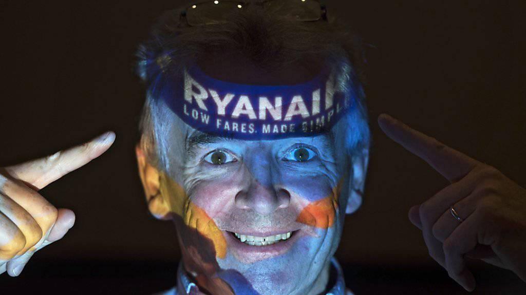 Der Assistent des Ryanair-Chefs Michael O'Leary (im Bild) muss ein dickes Fell und eine Eselsgeduld mitbringen. (Archiv)