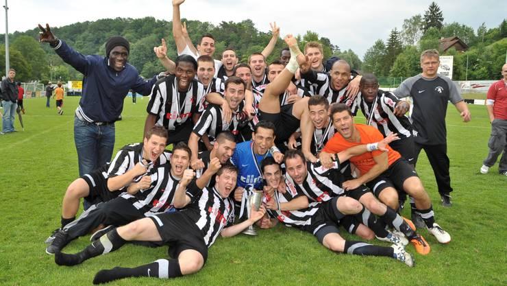 Es ist geschafft: Die Black Stars feiern den Cupsieg nach dem hart umkämpften Finalspiel.